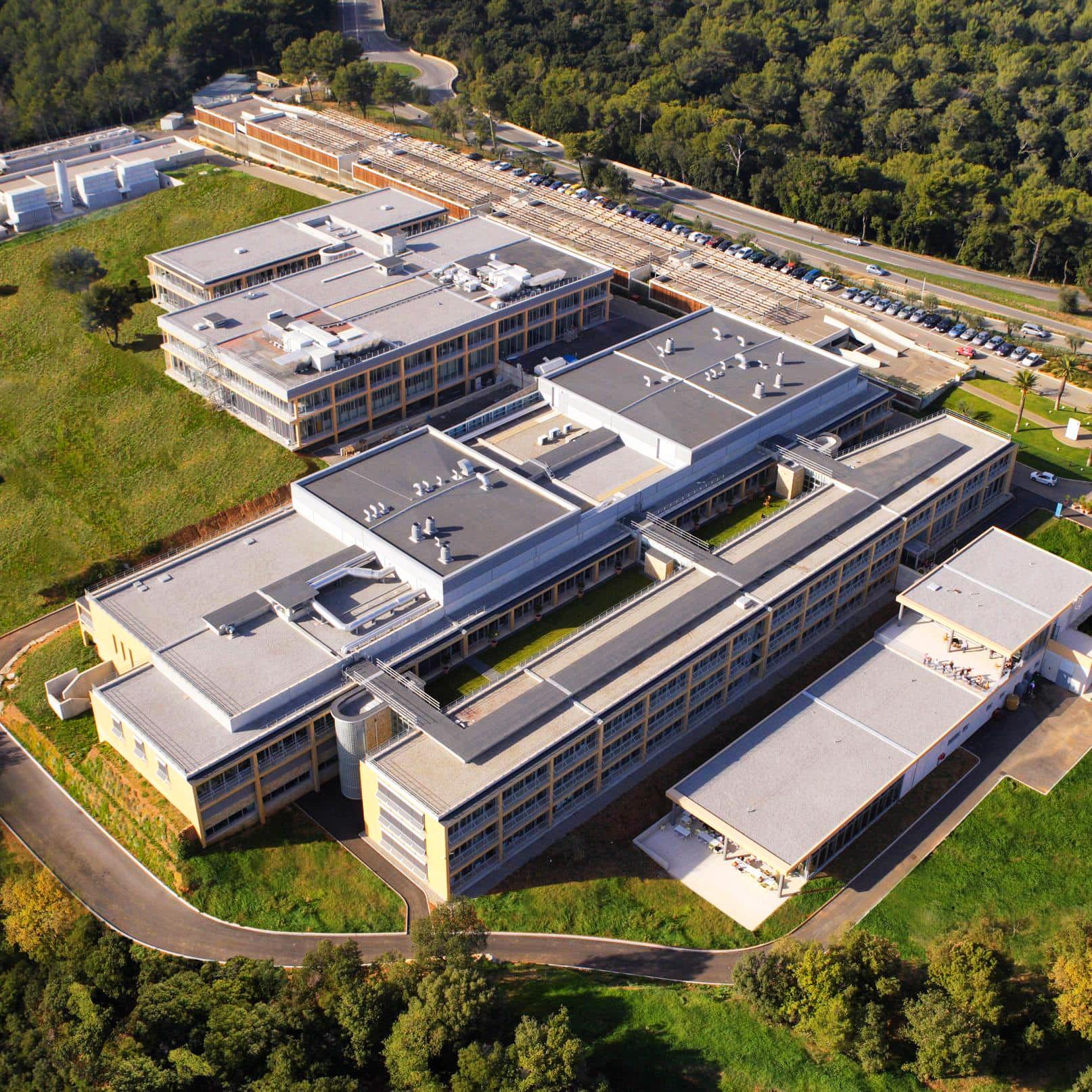 Фонд развития промышленности одобрил проект Синтез Технолоджи